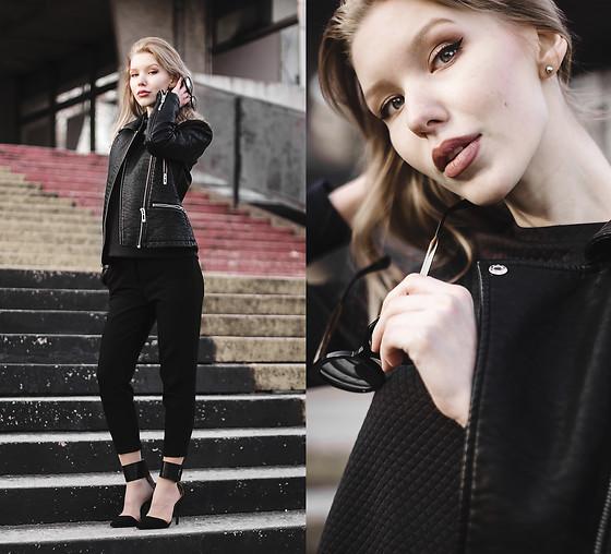酷酷纯黑夹克搭配zara鞋饰